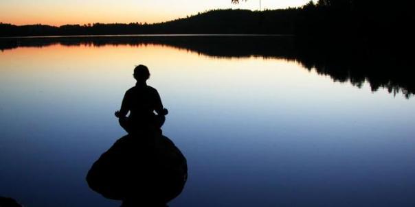 orang-malaysia-dan-jepang-lebih-senang-meditasi-di-bali